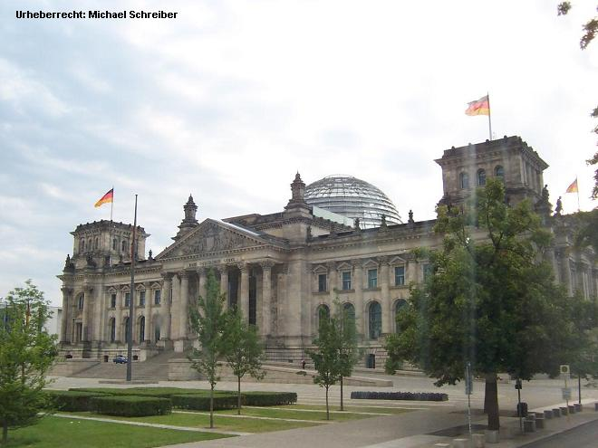 Reichstag Berlin mit der Reichstagskuppel
